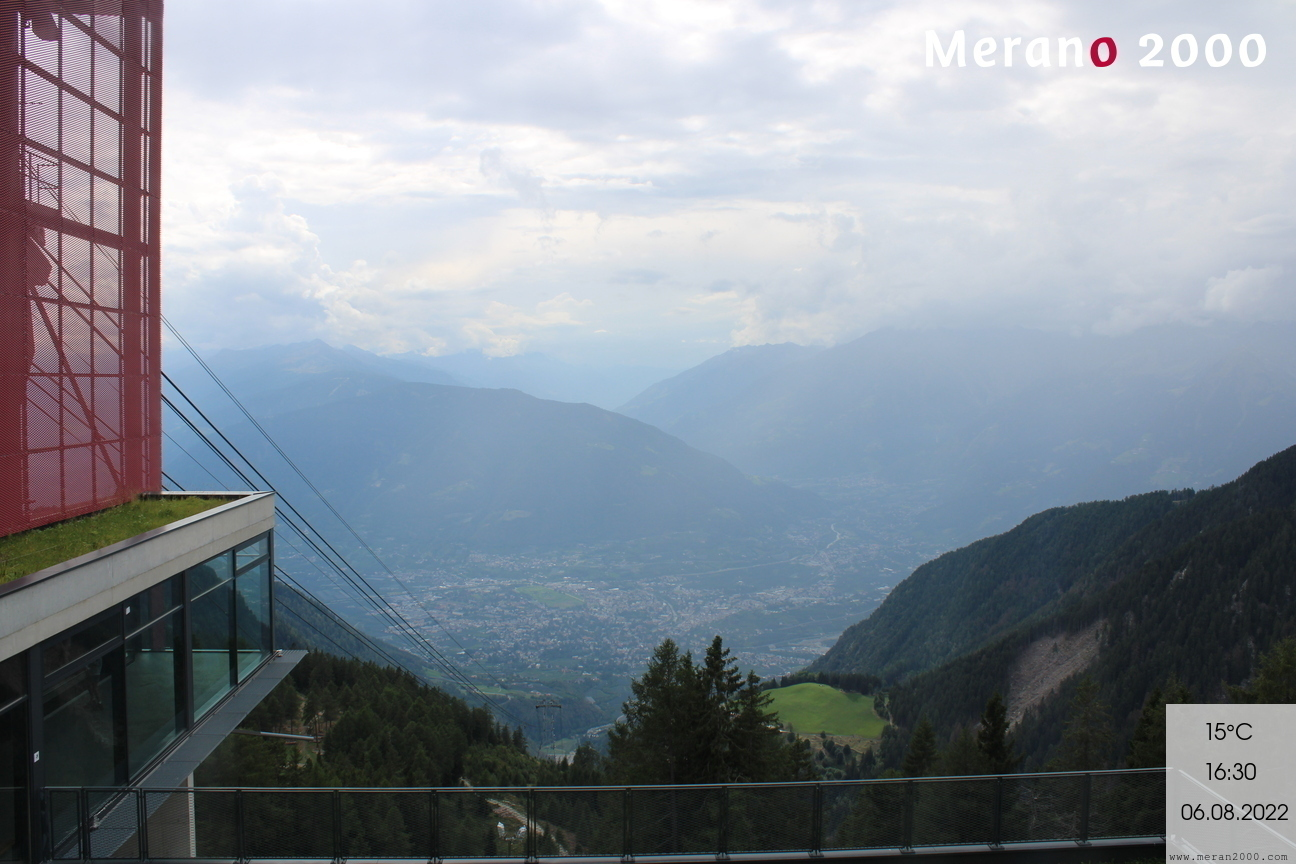 https://webcams.meran2000.com/bergstation/cam.jpg
